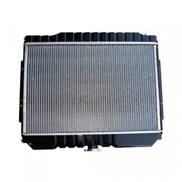 3 Core Radiator, 76-86 CJ with 6 or 8 Cylinder