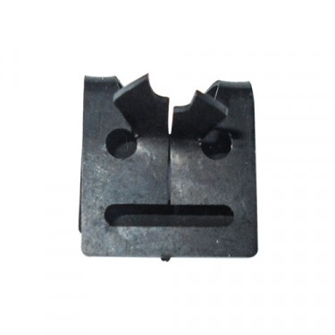 Wiring Harness Clip (Small), 50-52 M38
